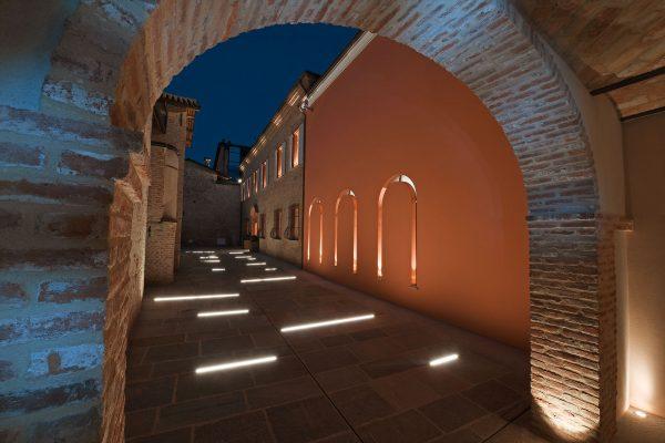 cherasco-cortile-stradivari-design-bodino-architect-new-building