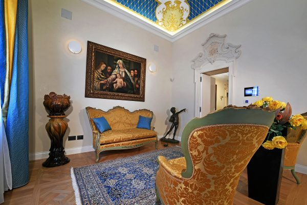 room-night-sofa-stradivari-design-bodino-Restoration-Historical-Buildings